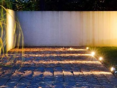Oświetlenie ogrodu 08